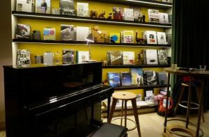 Gessler-1862_Bücherregal+Klavier_2-2016_06130m